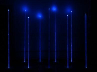 Giulio-De-Mitri-Flux-multistrato-di-legno-metacrilato-corpi-illuminanti-2012-439x324