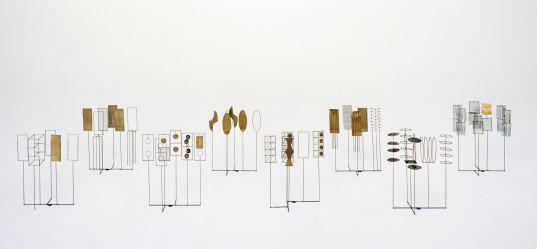 Fausto Melotti, Tema e variazioni I, 1968, ottone, 40x33x14 cm, Collezione privata, Milano