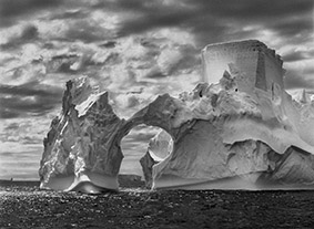 © Sebastião Salgado, Amazonas Images, Penisola Antartica, 2005, published in © Sebastião Salgado, Amazonas Images by 93184195@N04