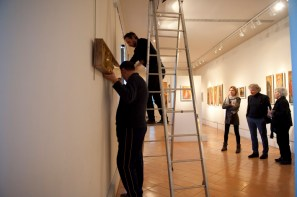 Renata Boero, Germinazione, tecnica mista sotto plexiglas, 60x180 cm, Museo Diocesano di Milano, Milano (allestimento in corso nella sezione Fondi Oro) Foto Giorgio Majno
