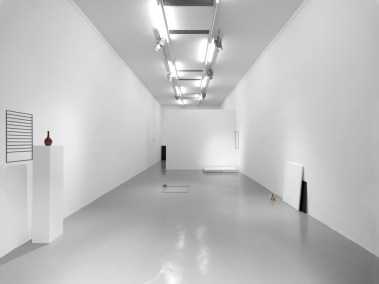 Haris Epaminonda. Vol.XIV, veduta della mostra, 2014, Galleria Massimo Minini, Brescia