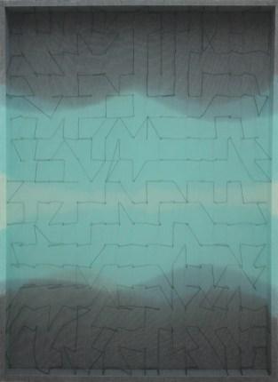 Emanuela Fiorelli, Variazioni in turchese, 2013, filo di cotone, tarlatana tinta e plexiglass, 115x96x11 cm
