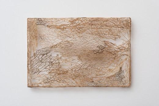 Michela de Mattei, Resistenza pittorica 2, 2013, tessitura di fico d'india, 20x30x2,5 cmCourtesy smART