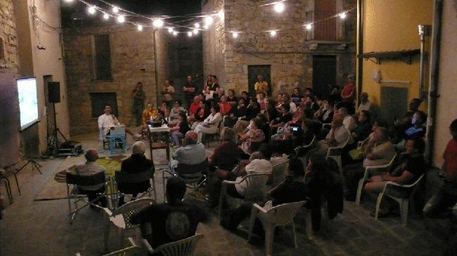 Guiimi 2013, Pietro Gaglianò e la NDP Nuova Didattica Popolare, Piazza del Torrione 12-8-13