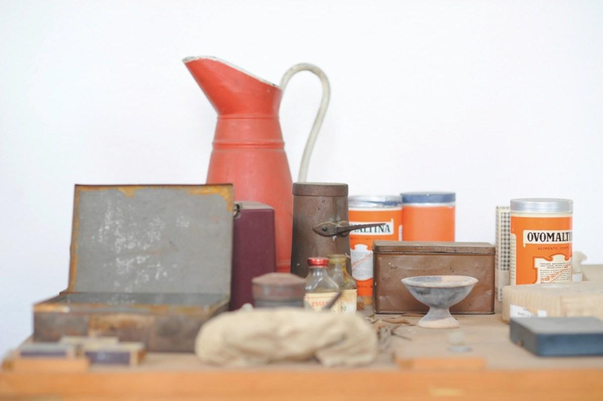 Luciano Leonotti, Casa Grizzana Morandi, studio, 2014, stampa fine art su carta cotone, 50x60 cm
