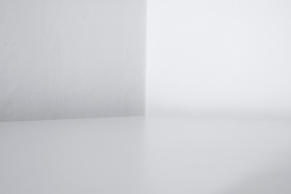 Michele Spanghero, Exhibition Rooms (Asolo), 2014, stampa inkjet fineart su dibond, 100 x 67 cm