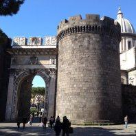 Porta Capuana, Napoli