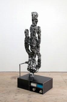 Nick van Woert, Nature Boy, 2010 statua in fibra di vetro, poliuretano, plastica, sabbia, acciaio, ipoclorito di calcio, gel per capelli Score, plexiglass, nastro di stagnola 203.2 x 76.2 x 50.8 cm Zabludowicz Collection