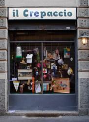 Serena Vestrucci, Cose che si muovono nel crepaccio ad una lentezza tale da sembrare solo campate in aria 2012 Materiali vari, una settimana IL CREPACCIO, Milano