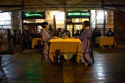 Mostra Μύθοι. Myths. Students/Artists/Teachers. A process of exchange Fondazione Pastificio Cerere, Roma, dicembre 2014 Performance di Zuzanna Golińska e Magdalena Łazarczyk, Last supper