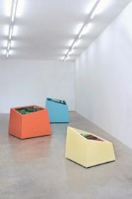 Matteo Negri, Kamigami, 2015, installazione, Galleria Monopoli, Milano © Negri 2014