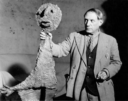 Brassaï, Picasso, rue des Grands-Augustins, 1939-1940 © Estate Brassaï
