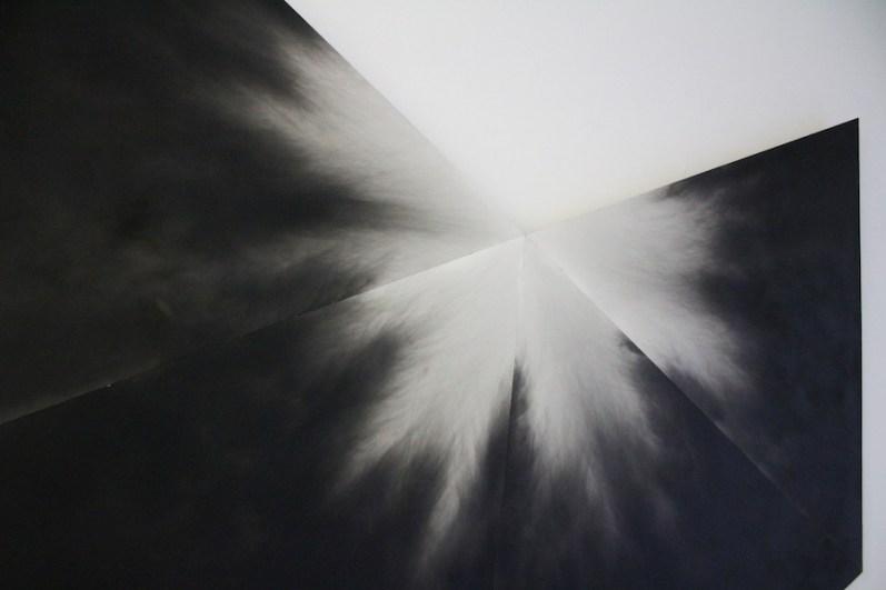 Alessandro Cannistrà, Tempo del silenzio (oggetto di pensiero), 2015, fumo su tela, Officine dell'Immagine, Milano