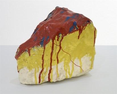 Elaine Sturtevant, Oldenburg store object, Slice of Cherry cake, 1967, chickenwire, cloth, plaster, enamel, 17x13x15 cm (ST 3062)