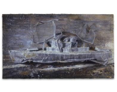 Anselm Kiefer, Odi navali, 2004, olio, emulsione, acrilico e scultura in piombo su tela, 190x330 cm Courtesy Galleria Lia Rumma, Milano-Napoli