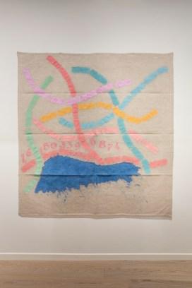 Installation view, Giorgio Griffa, Canone aureo 874, 2015, acrilico su tela, 200x200 cm Courtesy l'artista e Casey Kaplan, New York Foto Agostino Osio