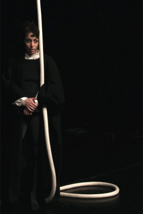 Corin Sworn, Silent Sticks, still del video / production still © the artist Courtesy Whitechapel Gallery Foto Margaret Salmon