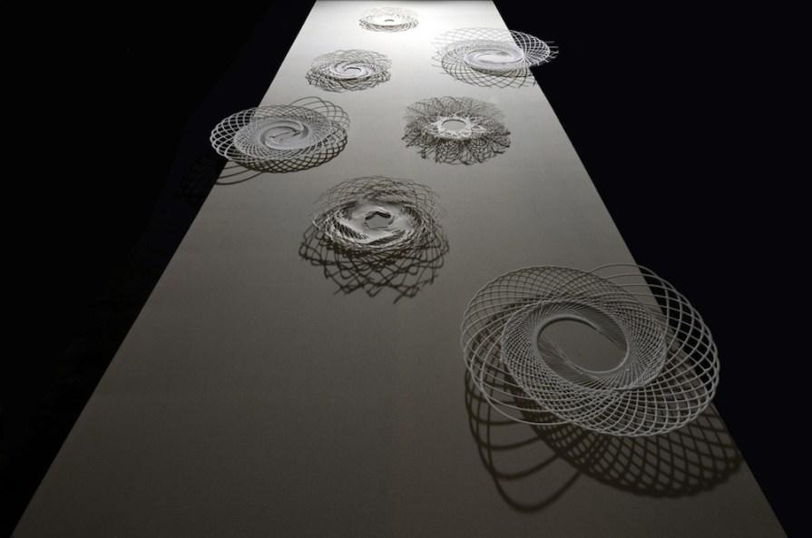 Marco Ulivieri, La mensa dei poeti, 2015, legno, tela, ceramica e gesso, 150x440x90 cm