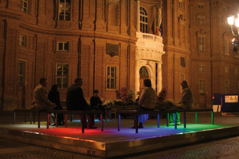Jeppe Hein - Illuminated Benches