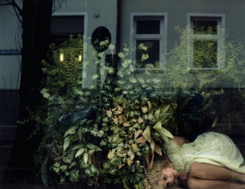 Chantal Michel, Josefallee 128, 2001, stampa fotografica montata su plexiglass, 150x191 cm Courtesy C|E Contemporary, Milano