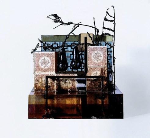 Alik Cavaliere, Il cortile, 1965-67, bronzo, resina, legno, ceramica, porcellana, piombo, 81x82x66 cm