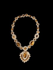 Jackie Necklace, Kenneth Jay Lane, 1970 (commissionata da Jackie Kennedy Onassis) Courtesy Patrizia Sandretto Re Rebaudengo
