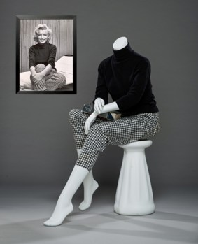 Marilyn Monroe's turtleneck sweater and checkered capri pants, including frame photo print from Alfred Eisenstedt. Collection Stampfer. Image collage: Copyrights Ted Stampfer