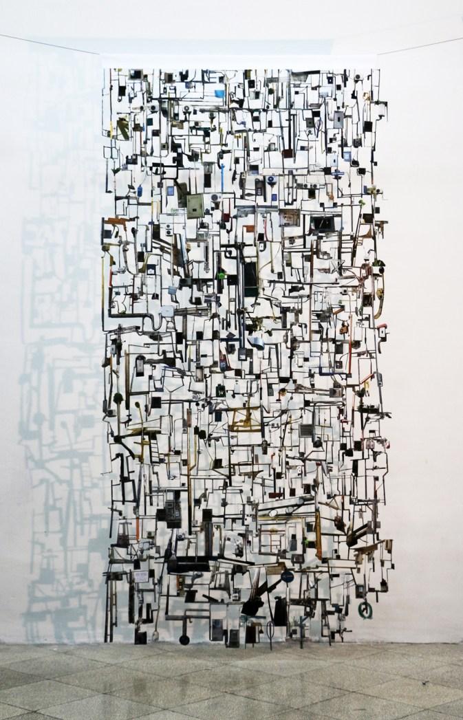 Eugenio Tibaldi, Questione di appartenenza 3, 2015, stampa digitale su white back intagliata e sospesa, cm 320x150