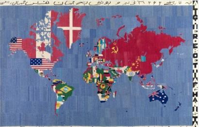 ALIGHIERO BOETTI, Mappa (acquolina in bocca nell'anno 84 Alighiero e Boetti Afghanistan), 1983-84 ricamo su tessuto, cm 116x178. Courtesy TornabuoniArte