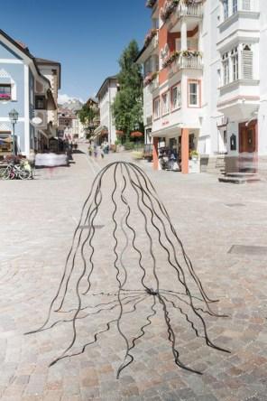 Michele Bernardi, Berg-Positiv, 2015, iron, 140x140x150 cm Photo © Simon Perathoner