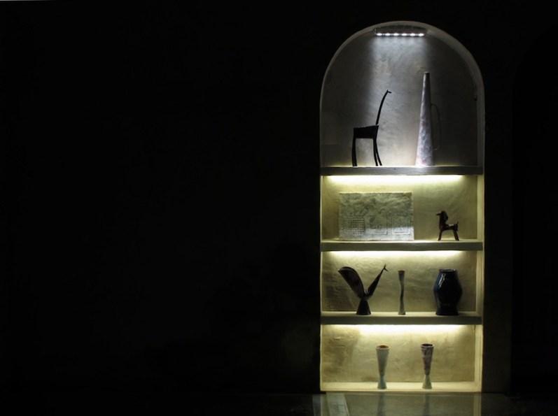 The sugar tales. Fausto Melotti, Gianni Moretti, Andrea Mori, veduta dell'allestimento (fausto Melotti, ceramiche), Palazzo Lombardi, Arezzo