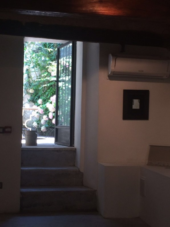 From liberty to freedom, veduta della mostra, Galleria PH Neutro, Pietrasanta (LU)
