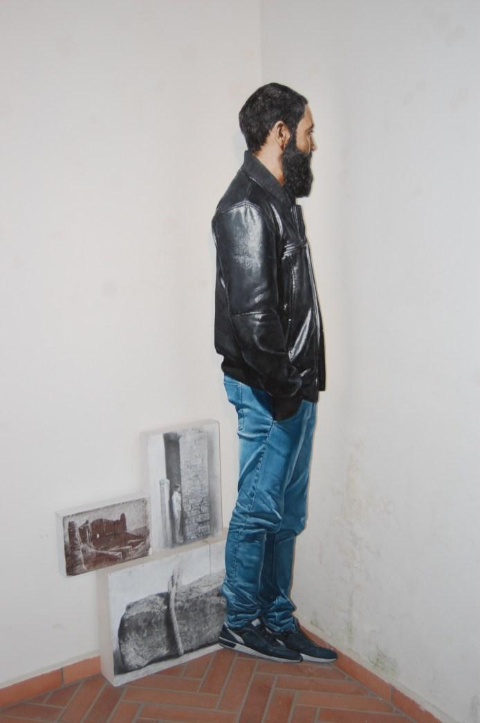 Matteo Tenardi, Luoghi instabili 2016, Olio su tavola sagomata grafite e tempera su tela e tavola, cm 185x80x30. Foto: Paolino Napolitano