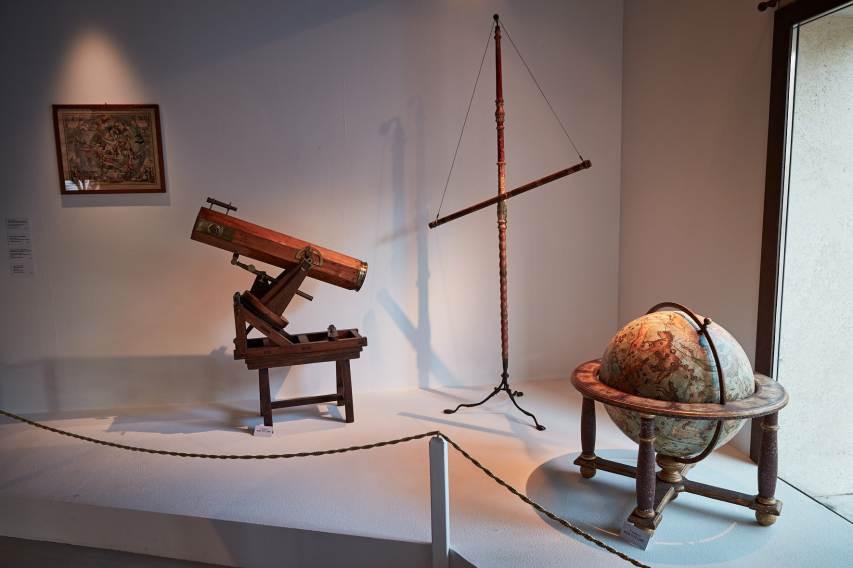 Viaggio nel Cosmo, veduta della mostra, Fondazione Geiger, Cecina (LI)