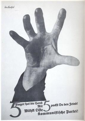 The Hand Has Five Fingers, Manifesto, 1928