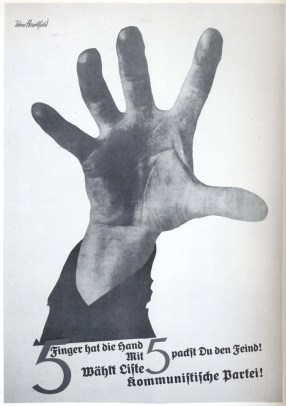 The Hand Has Five Fingers, Manifesto, 1928