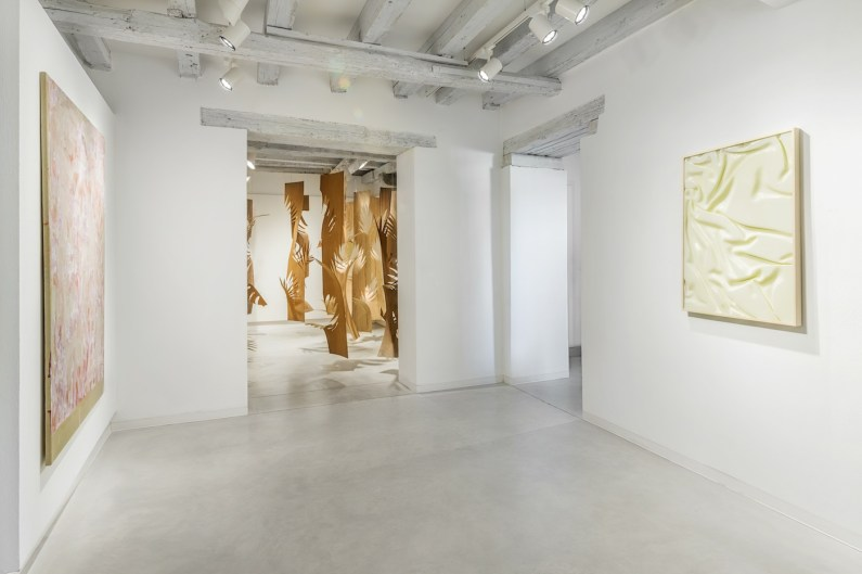 The-hidden-dimension-installation-view-Tyra-Tingleff-Laura-Renna-Vanessa-Safavi