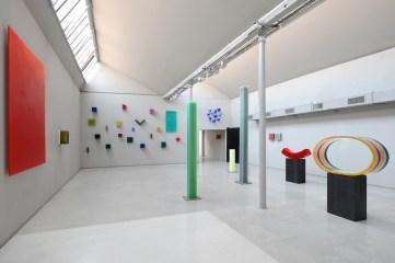 Herbert Hamak. At the end of the rainbow, veduta della mostra, Temporary Space Studio La Città, Milano Courtesy Studio la Città, Verona Foto Michele Alberto Sereni