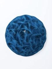 Daniele Papuli, IntondoBlu 3OP, 2015, volume lamellare realizzato ad intarsio con strisce di cartoncino Lanilla Blu Abysse 250 gr. tagliate a mano, diametro 80 cm e altezza 20 cm Courtesy Colossi Arte Contemporanea, Brescia