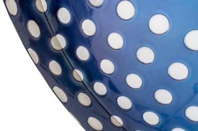 Matteo Negri, Kamigami Cobalt Bubble, 2017, tecnica mista su legno, acciaio cromato e verniciato, 120x120x16 cm (dettaglio) Courtesy Lorenzelli Arte, Milano