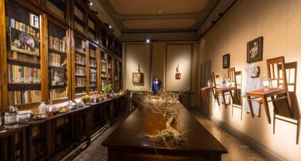 Giancarlo Vitali. Time Out, veduta dell'allestimento (Mortality with Vitali: Father & Son by Peter Greenaway), Casa del Manzoni, Milano