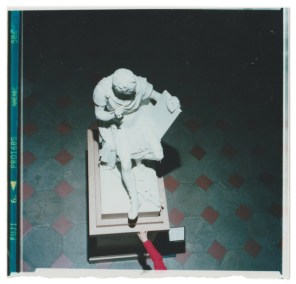 Ramak Fazel, From the series Choose, 2017, stampa a mano da negativo, 30x40 cm Courtesy Viasaterna Arte Contemporanea, Milano