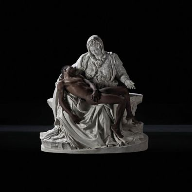 Fabio Viale, Lucky Hei, 2017, Lucky Ehi (Born in Nigeria in 1995) e marmo bianco | and white marble, cm 174,2×165,7×89,2