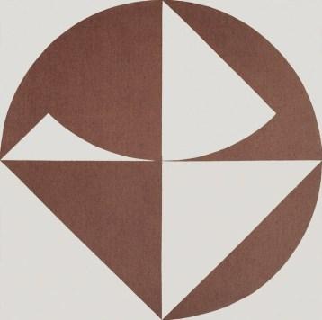 Carlo Ciussi, XLI, 1967, olio e tecnica mista su tela, 116x116 cm © A arte Invernizzi, Milano Foto Bruno Bani, Milano