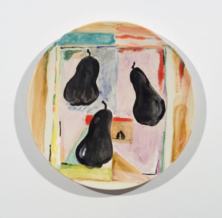 Allison Katz, Poires Noires, 2010, ceramic plate