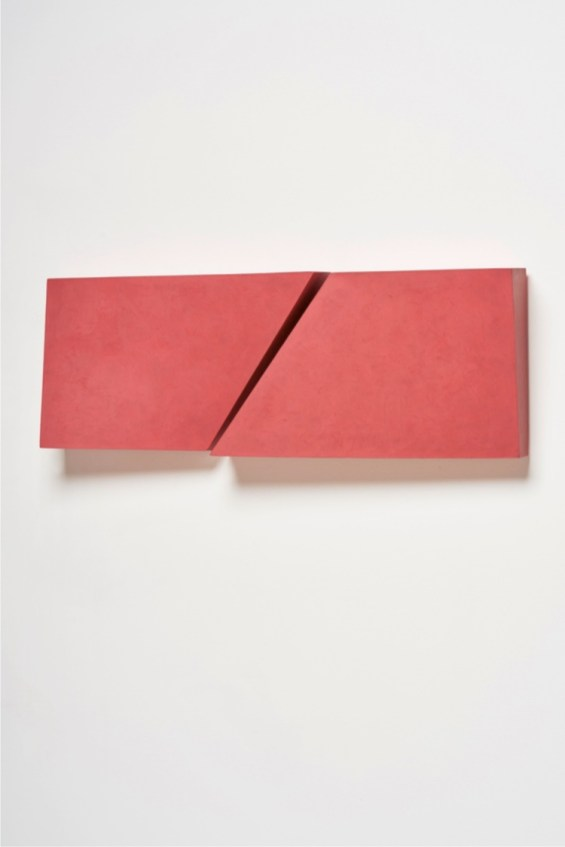 Karin Radoy, 1702 Querpink, 2017, 80x29x6 cm Courtesy Artesilva, Seregno (MB)