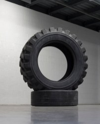 Fabio Viale, Earth, 2017, black marble, 162x138x96 cm
