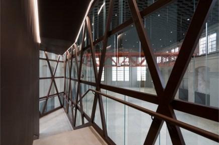 FLAT - Fiera Libro Arte Torino, la nuova sede (interno): La Centrale, Nuvola Lavazza Foto: Andrea Martiradonna