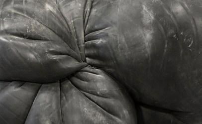 Fabio Viale, Orbitale, 2017, black marble, 63x90x67 cm (details)