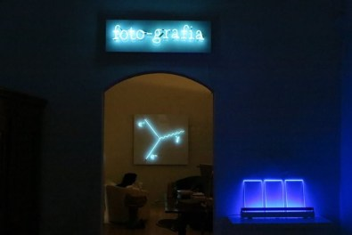 Michel - Chiavacci. Dalla decostruzione alla fluorescenza, veduta della mostra, Die Mauer - Arte Contemporanea, Prato